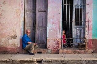 Grand father, grand daughter, Trinidad, Cuba 2017©