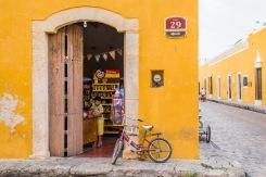 Kid at the shop, Merida, Mexico 2017©